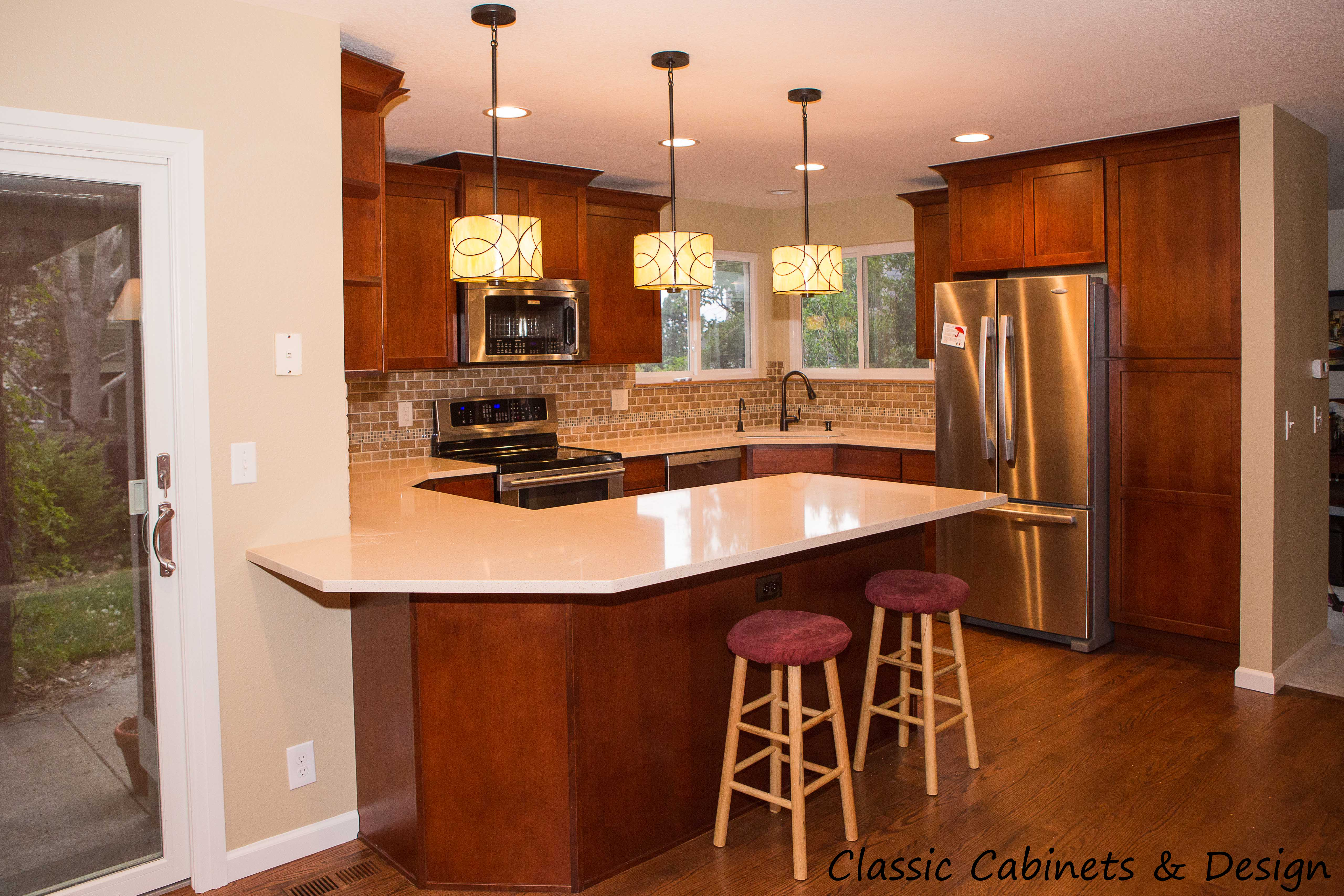 Kitchen - Louisville - Classic Cabinets & Design