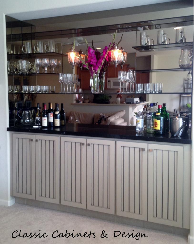 Vintage Style Bar